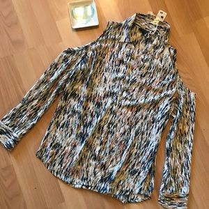NWT Open Shoulder Button Down